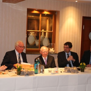 In Herzogenrath auf Einladung des Bundestagsabgeordneten Helmut Brandt.