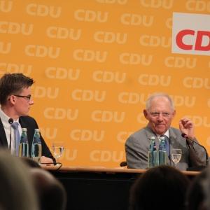 Kai Whittaker und Dr. Wolfgang Schäuble