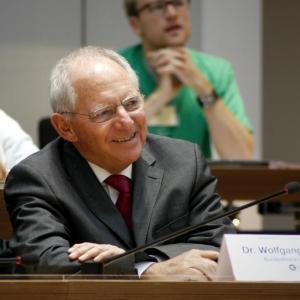 SIMEP 2015: Dr. Wolfgang Schäuble bei der Simulation Europäisches Parlament 2015 im Berliner Abgeordnetenhaus.